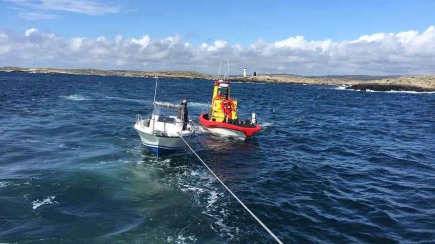 Under försäsongen april till midsommar har sjöräddarna ryckt ut knappt 2000 gånger.