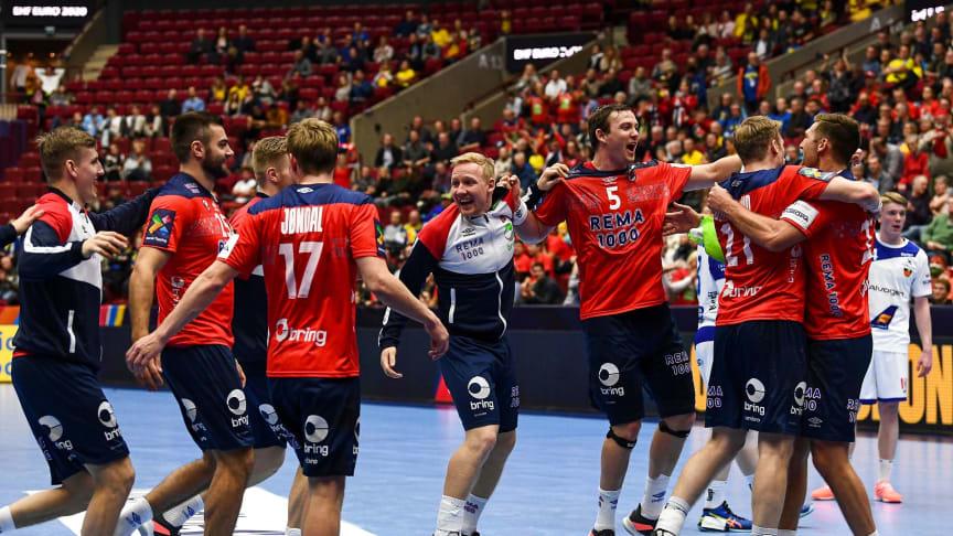 De norske spillererne har hatt grunn til å juble så langt. Kan de nå hele veien? FOTO: Ritzau Scanpix