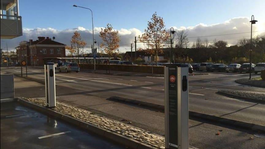 Laddstationer vid Ronneby Resecentrum som en del av EU-projektet MECOR.