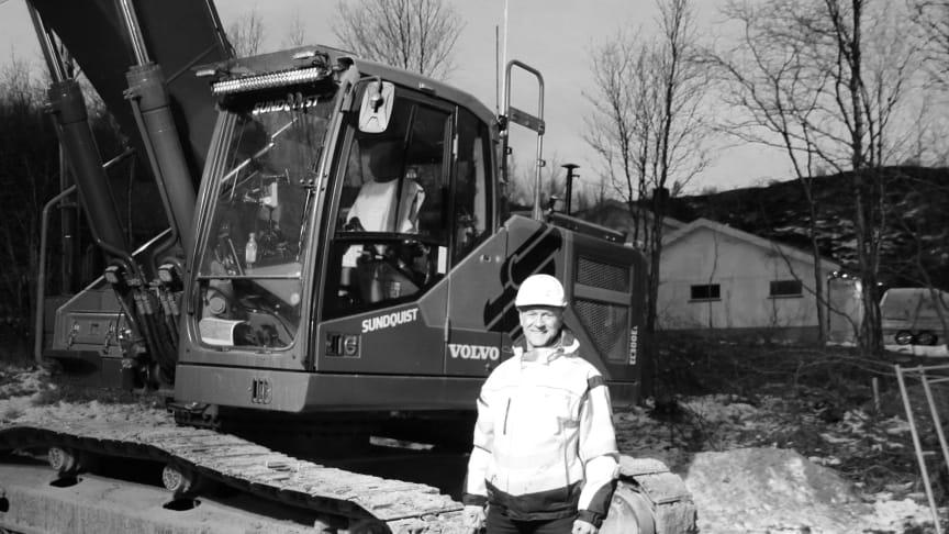 Svein Sundquist er tredje generasjon i familiebedriften. Skal de lykkes, må de tenke digitalt og bli flinkere på planlegging. Det innrømmet ham under Gemini brukerkonferanse, da han delte sine erfaringer med 230 kunder av Powel Construction.