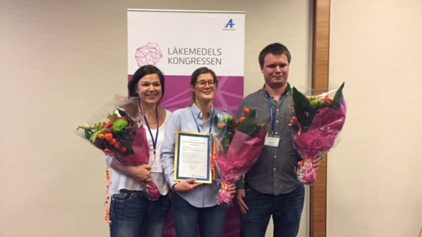 Vinnare i Årets kompetensapotek 2016 från vänster Camilla Axelsson, Sara Wiener och Niklas Axelsson.