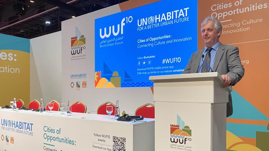 Anders Nesse fra Norconsult Informasjonssystemer holder foredrag på WUF10.