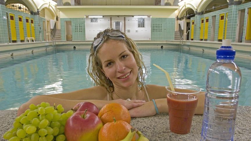 Vitaminreiche Kost und Bewegung sind gut für das Immunsystem und damit hilfreich, um Infekte zu vermeiden. Foto: SIGNAL IDUNA