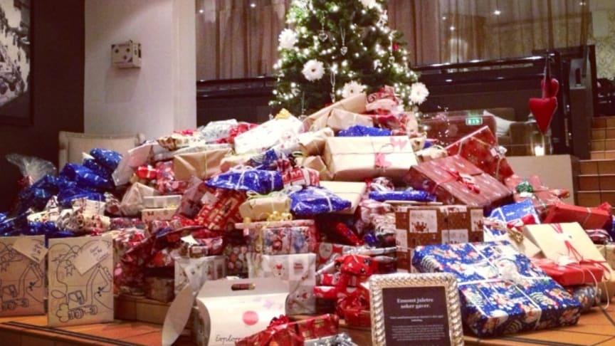 Ensomt tre fikk 32 000 gaver