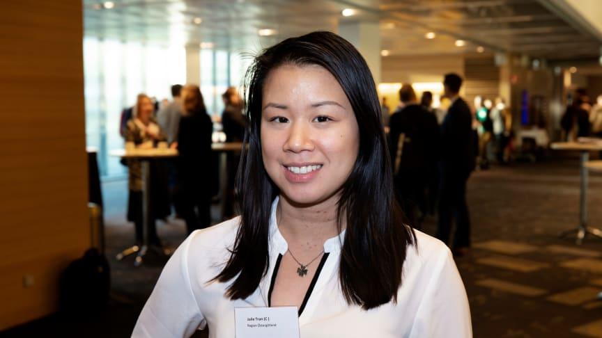 Julie Tran (C), regionråd Region Östergötland och Region Östergötlands representant i Mälardalsrådets infrastruktursamarbete. Foto: Mälardalsrådet.