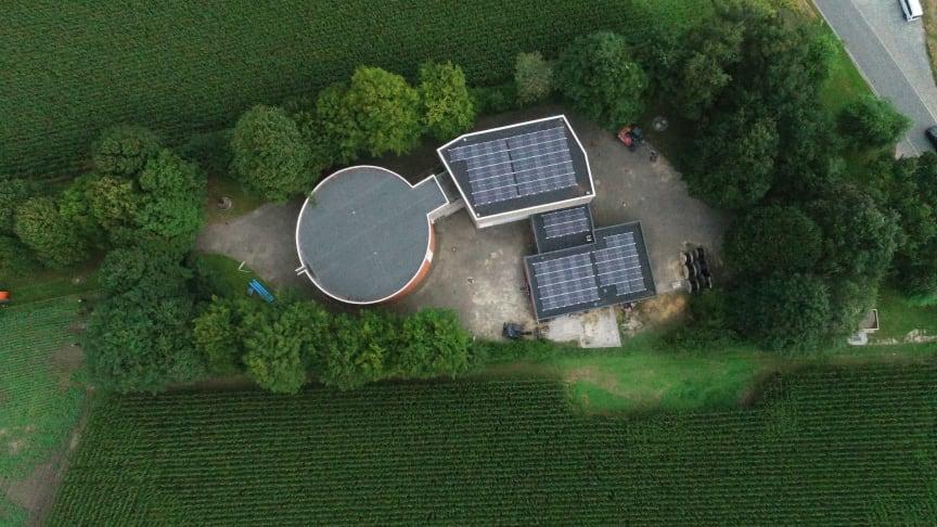Rund 45.000 kWh Strom werden die 142 Module auf dem Wasserwerk Lückhausen zukünftig erzeugen.