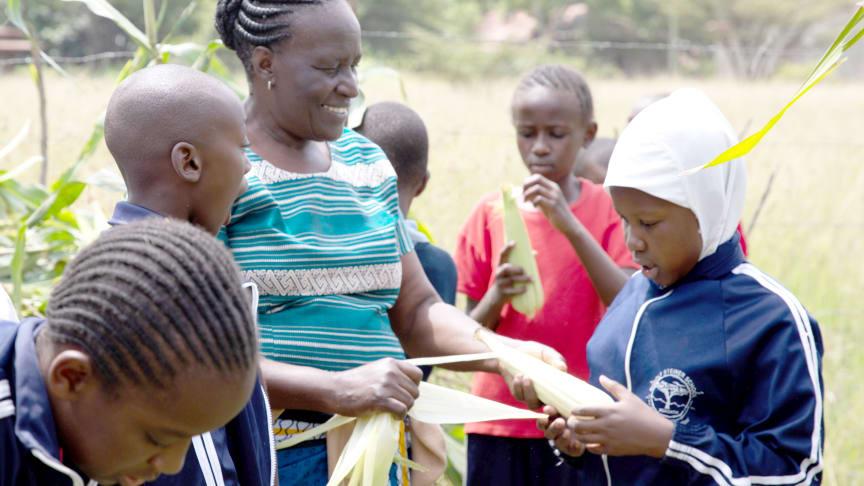 Steiner School Mbagathi: Gardening teacher Rose M. Ingala (Photo: Lin Bautze)
