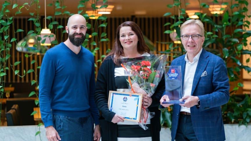 Joni Sarpo (Great Place to Work® Finland), Eliisa Valkonen (Visma) ja Juha Mäntylä (Visma)