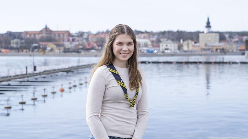 Kompassrosstipendiet 2020: Scouten Victoria Söderlund från Hudiksvall belönas för modigt ledarskap. Foto: Stiftelsen Ungt Ledarskap
