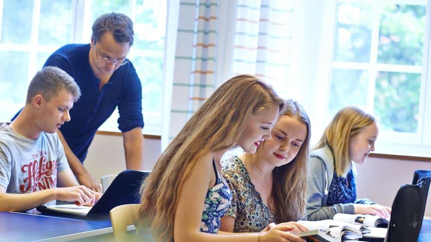 Elever på Rudbeckianska gymnasiet. Foto Pia Nordlander.