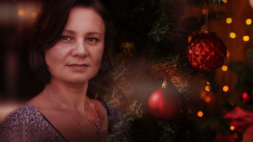 Kvinna till Kvinna släpper ljudbok för att uppmärksamma våld mot kvinnor