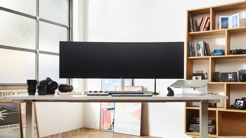 LG Electronics visar sitt breda utbud av bildskärmar på Dustin Expo 2019