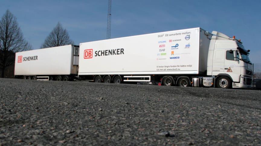 Ett högkapacitetsfordon (HCT) är en fordonskombination som är 32 meter lång.
