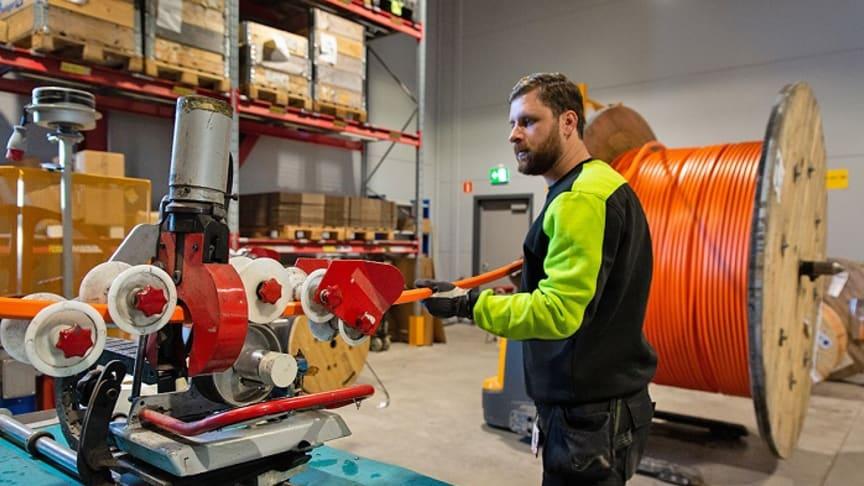 Kapning av dukt på Elektroskandias logistikcenter i Örebro