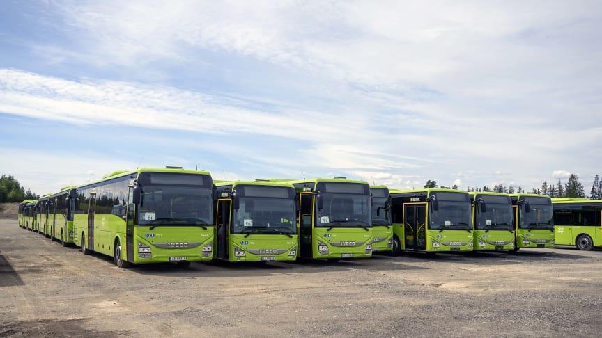 Et lite knippe av totalt 217 Iveco rute- og forstadsbusser som Iveco Bus har levet til Vy Buss AS.