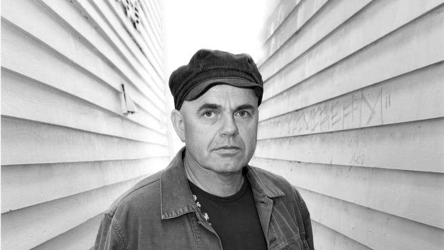 Arild Rein med ny bok om spøkelsesbyen Stavanger
