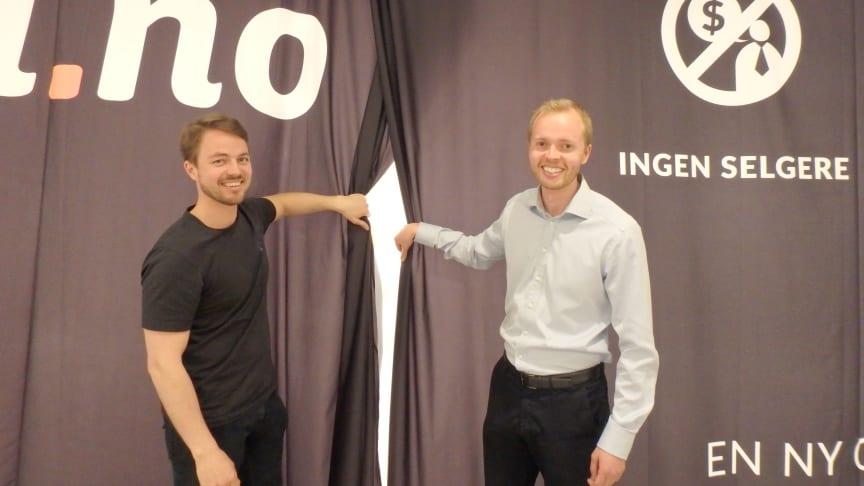 Vemund og Vigbjørn Hassel inviterer til åpning av en helt ny type bilbutikk på Gulskogen Senter