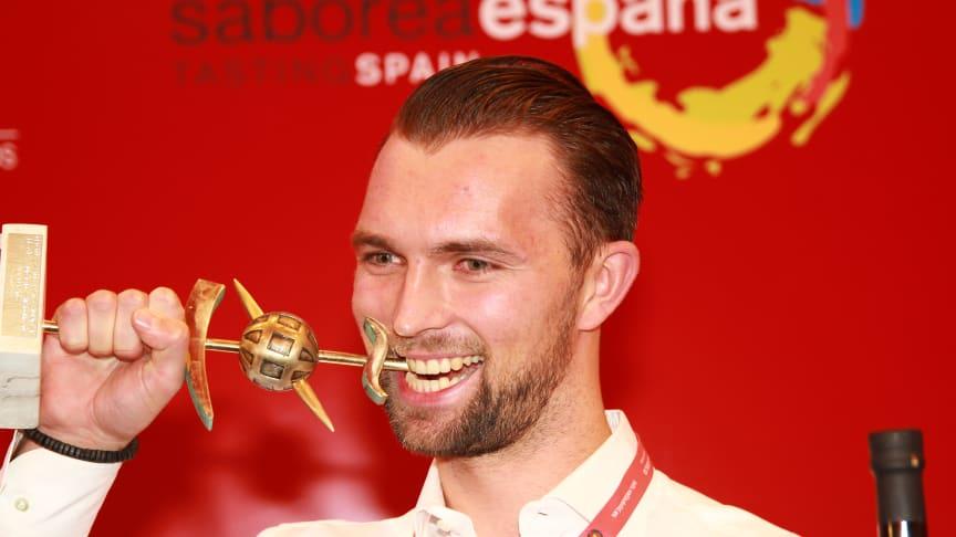 En lykkelig Øyvind Bøe Dalelv vant VM i tapas i Valladolid i Spania i går kveld. Foto: Norges sjømatråd