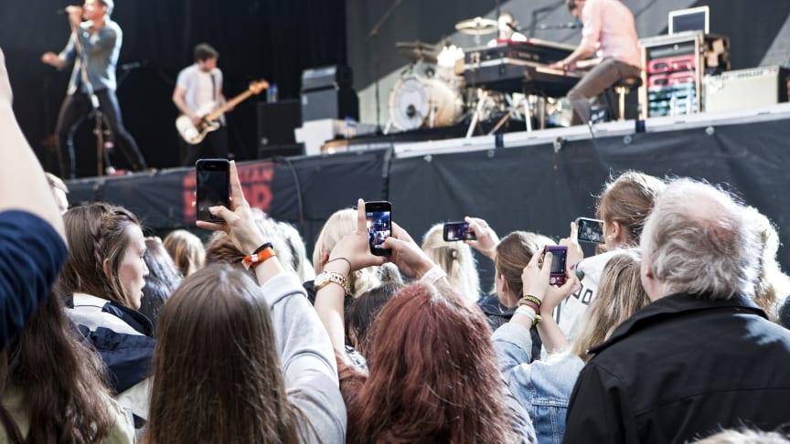 Telenor opgraderer mobildækningen til over 100 af sommerens festivaller og events