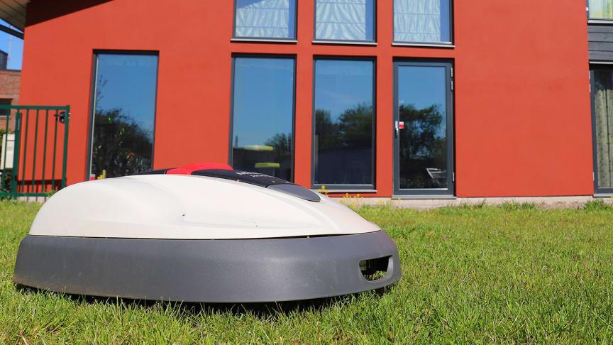 DIY – Mura ett garage till robotgräsklipparen