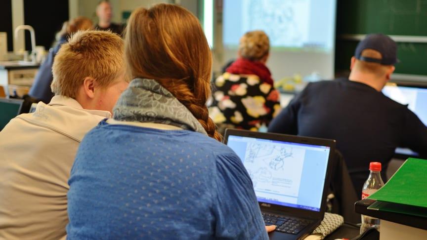 Studentane ved HiMolde er blant dei mest nøgde. Foto: Colourbox