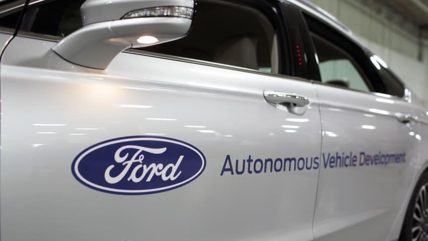 Ford toppar utvecklingen av självkörande bilar enligt ny undersökning