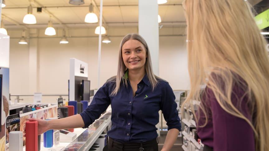 Kodinelektroniikka- ja kodinkoneketju Gigantti aikoo palkata loppuvuoden aikana 100 uutta työntekijää ympäri Suomen.
