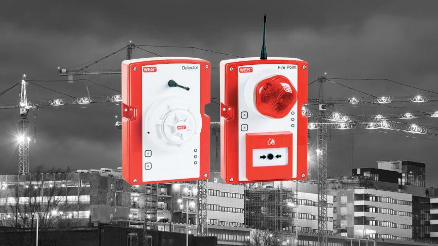 WES+ är ett mobilt, trådlöst brand- och utrymningslarm där designen och konstruktionen syftar till att skapa ett brandskyddssystem som uppfyller kraven på hälsa och säkerhet vid temporära miljöer, såsom byggarbetsplatser.
