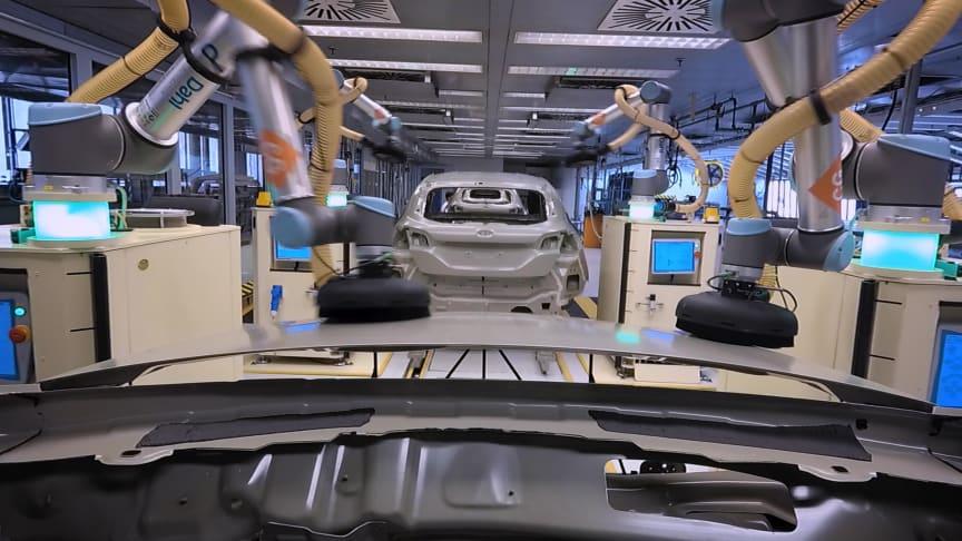 Nu implementerar Ford sex välkoreograferade robotar vid företagets anläggning i tyska Köln.
