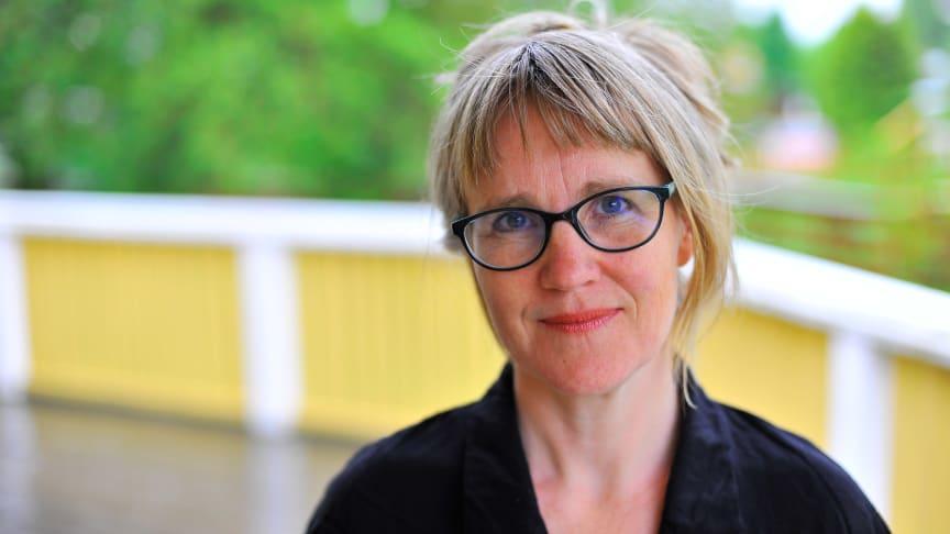 Kari Løvaas disputerade i litteraturvetenskap vid Karlstads universitet den 29 maj. Foto: Gro Westgaard