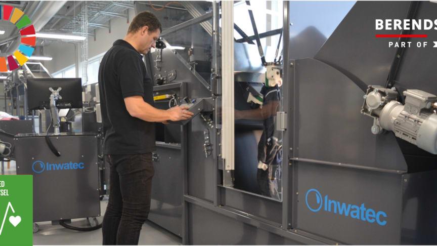 Industrivaskeris nye ergonomiske robotter giver medarbejderne en hjælpende hånd