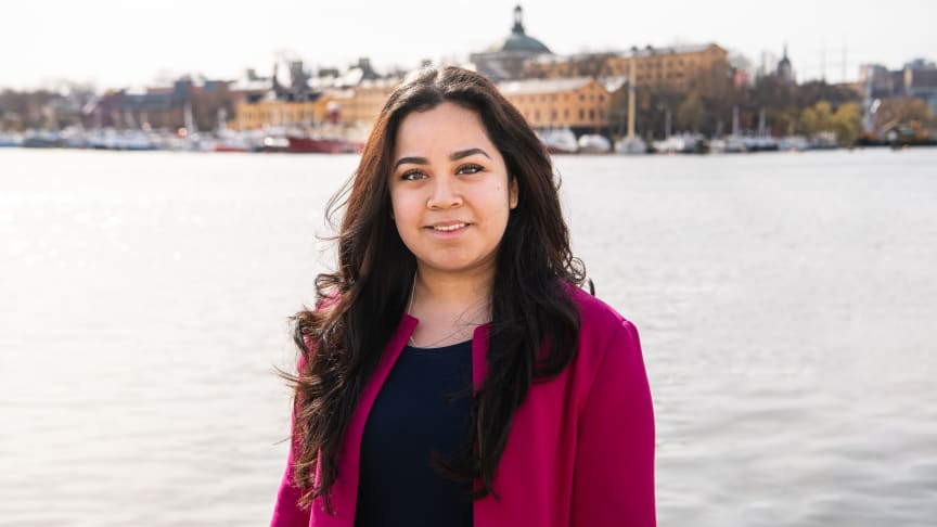 Kungen belönar Frida Caballeros kamp mot könsskillnader i Tech-branschen. Foto: Stiftelsen Ungt Ledarskap