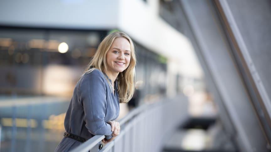 Telenor lanserer nå nye, høyere 5G-hastigheter på Trådløst bredbånd, med nytt topp-produkt på 500 Mbps, forteller Camilla Amundsen, leder for TV og bredbånd i Telenor.