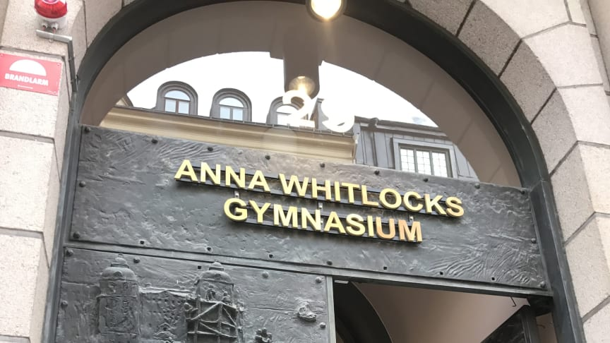 Entrén till Anna Whitlocks gymnasium på Kungsholmen.