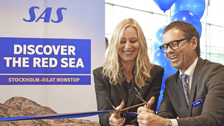 På plats för att inviga SAS nya linjer var Elizabeth Axtelius, flygmarknadsdirektör Swedavia, och Anders Wahlström, försäljningschef SAS Sverige. Foto: Frida Weberg