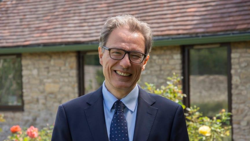 Luciano Floridi utnämns till hedersdoktor i informationsteknologi vid Högskolan i Skövde den 17 september.