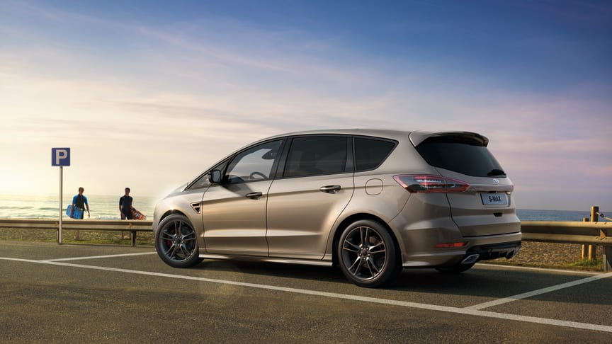 Ford fornyer sine to familiefavoritter