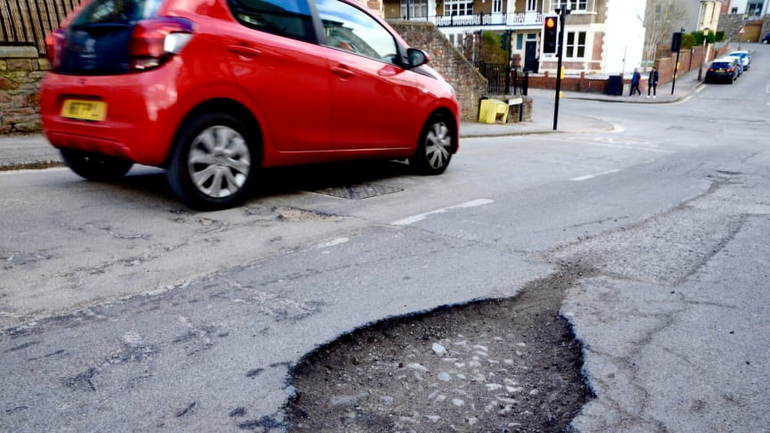 RAC patrols attend 1,714 pothole-related breakdowns in Q4 2018