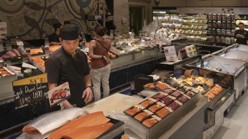 Norsk laks har blitt et vanlig syn i butikkene i mange sørøstasiatiske land. FOTO Thomas Engström/Sjømatrådet