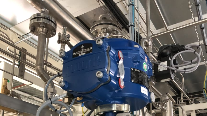 A CVL linear electric process control actuator controlling the flow of hydrogen in a hydrogen generator.