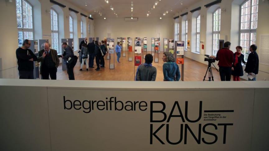 """Blick in die Ausstellung """"begreifbare Baukunst"""" im GRASSI Museum für Angewandte Kunst Leipzig"""