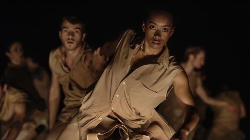 Transit i koreografi av Tero Saarinen. Med Skånes Dansteater och Malmö Operaorkester. Spelas på Malmö Opera 3 okt-1 nov 2020.