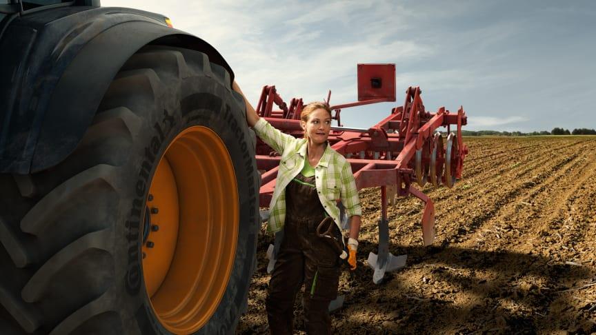 Viser frem nytt traktordekk på Dyrsku'n