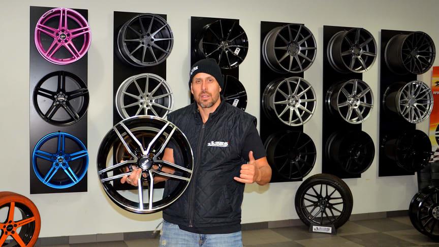 Dogge Doggelito i samarbete med ABS Wheels