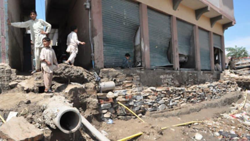 Efter översvämningarna i Pakistan – barnarbete allt vanligare