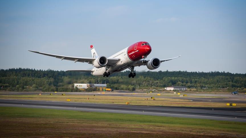 Boeing 787-8 LN-LNA, Sonja Henie.