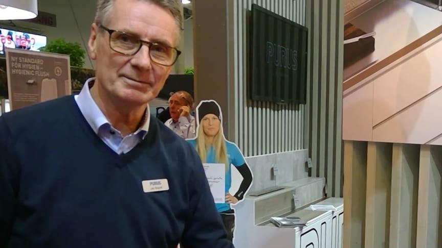 Jan Tengvall, Keya Account Manager Rostfria diskbänkar, berättar om våra rostfria diskbänkar på Stora Villamässan.