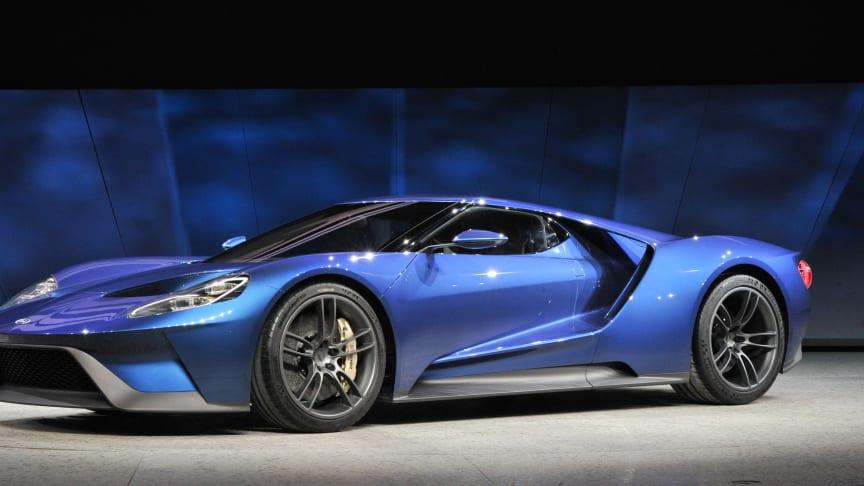 Ford må øke produksjonen av den populære sportsbilen Ford GT.