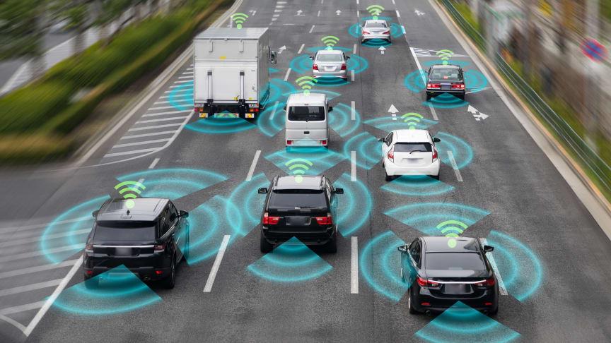5G: Din næste bil bliver ikke selvkørende – til gengæld er den på nettet