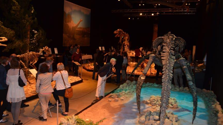 Dinosaurierna har anlänt till Halmstad!